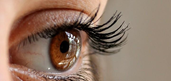 Augen-Untersuchungen - Definition, Durchführung, Anwendungsgebiete ...