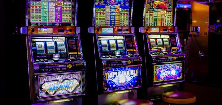 Glücksspiel (Foto: Pixabay.com)