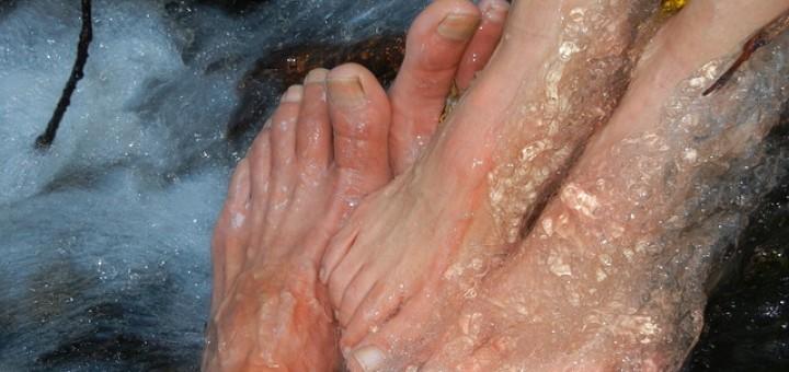 Füße, Wasser